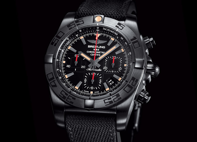 Breitling-Chronomat-44-Blacksteel-1