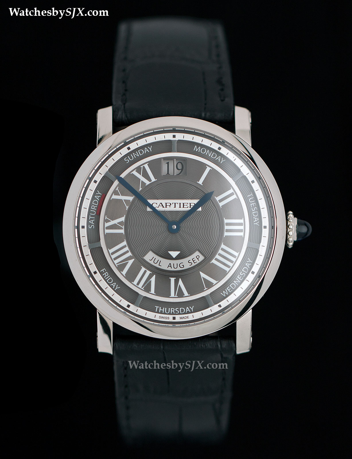 Cartier-Rotonde-Annual-Calendar-40-mm-1