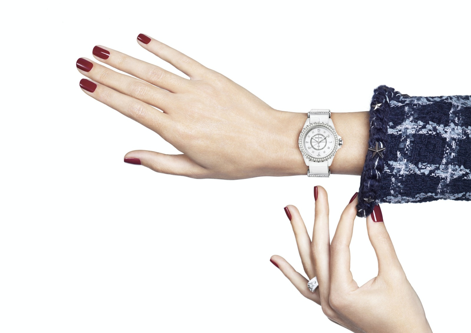 Chanel-J12-G10-diamonds