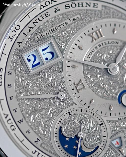 Lange-1-Tourbillon-Perpetual-Calendar-Handwerkskunst-286291