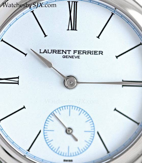 Laurent-Ferrier-Galet-Micro-Rotor-enamel-dial-platinum-285291