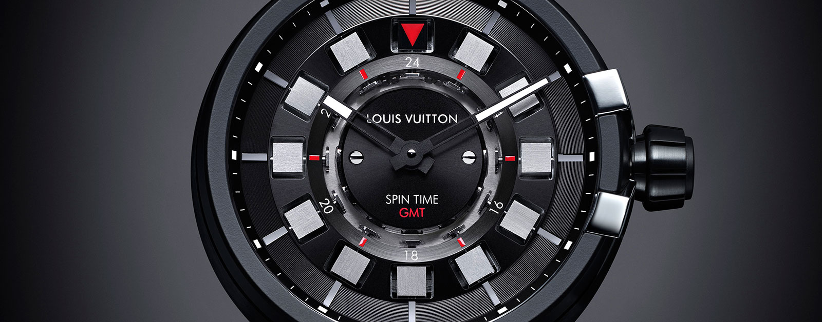 Louis-Vuitton-Tambour-eVolution-In-Black-Spin-Time-GMT-1