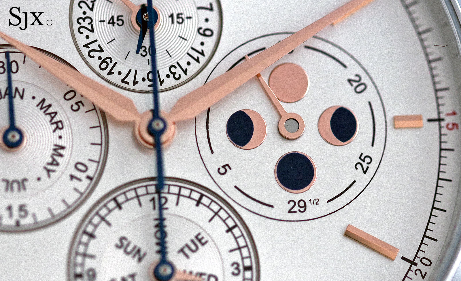 Montblanc Heritage Chronométrie Collection Chronograph Annual Calendar 3