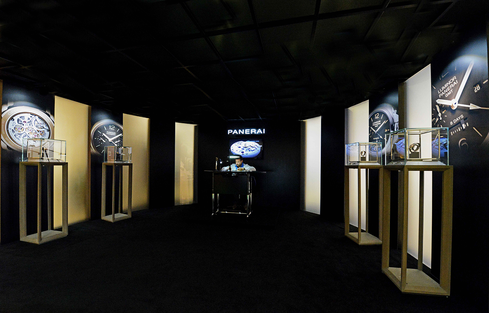OFFICINE-PANERAI-THE-FACE-OF-TIME-EXHIBITION-41