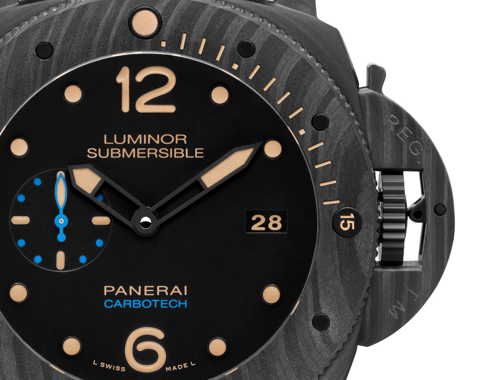 in with luminor submersible essential on panerai pam steel watch main watches rubber strap dial black