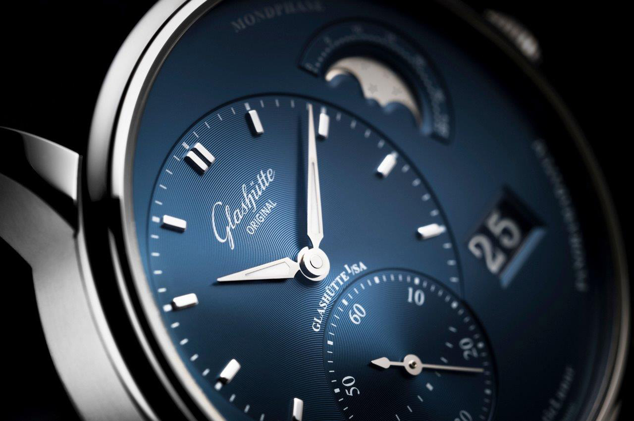 PanoMaticLunar_Stainless_Steel_blue_dial__PR_2_Original_13268