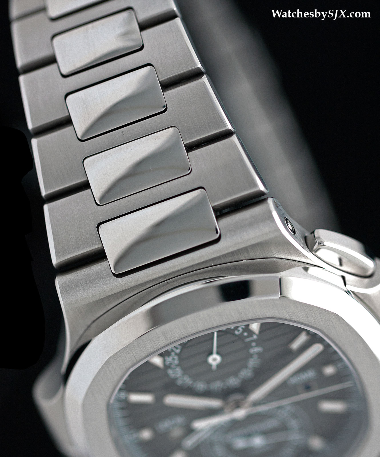 Patek Philippe Nautilus Travel Time 5990-1A Review 8