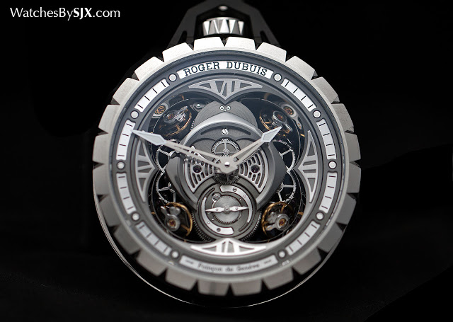 Roger-Dubuis-Excalibur-Spider-Pocket-Time-Instrument-1