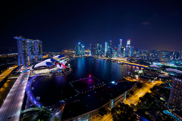 Singapore-skyline-night