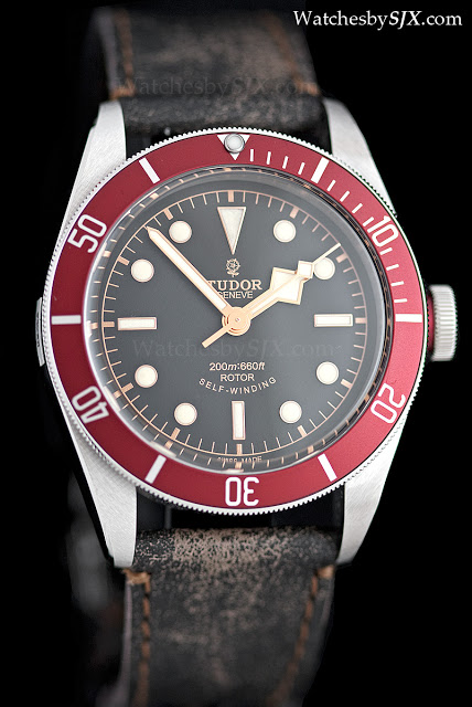 Tudor-Heritage-Black-Bay-aged-leather-strap1