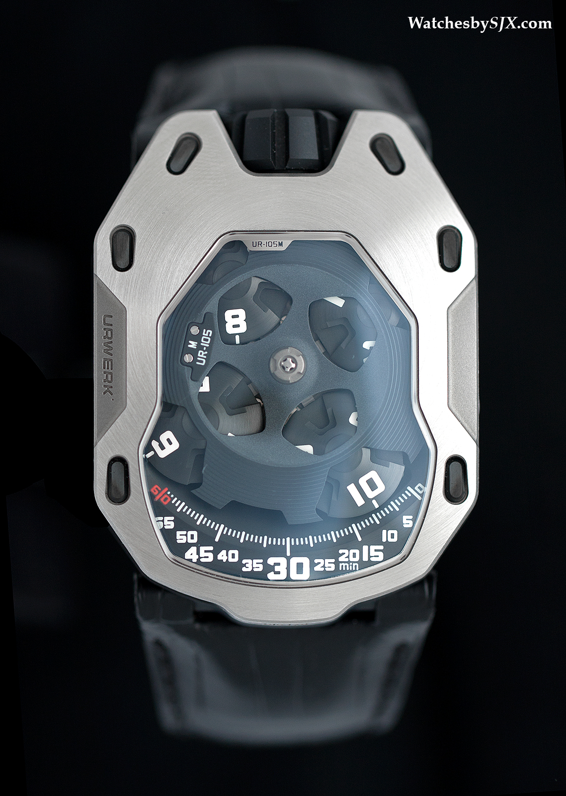 Urwerk-UR-105M-Iron-Knight11