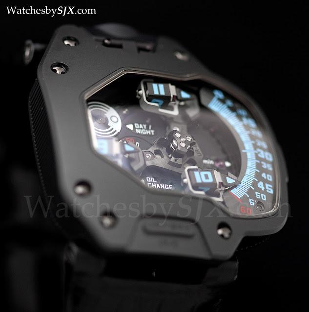 Urwerk-UR-110-AlTiN-The-Hour-Glass-282291