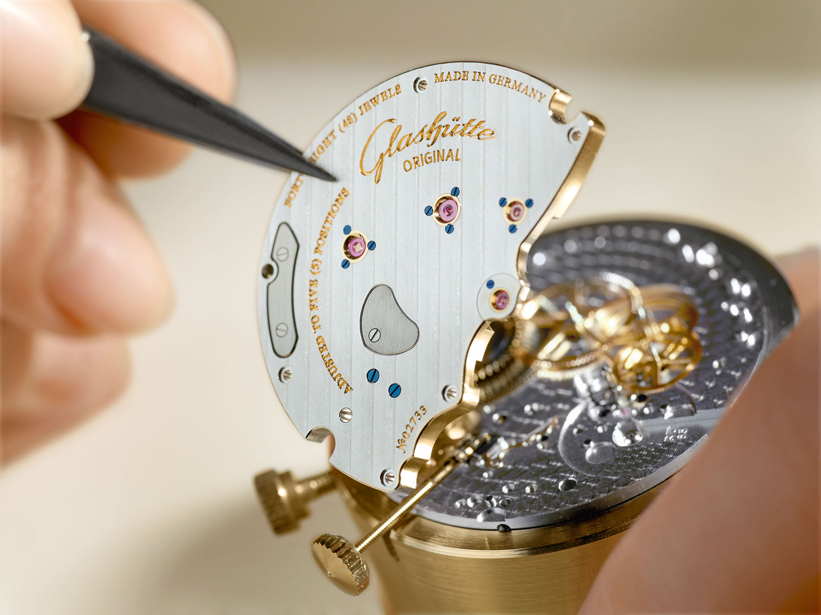 Glashütte Original assembly of three-quarter plate