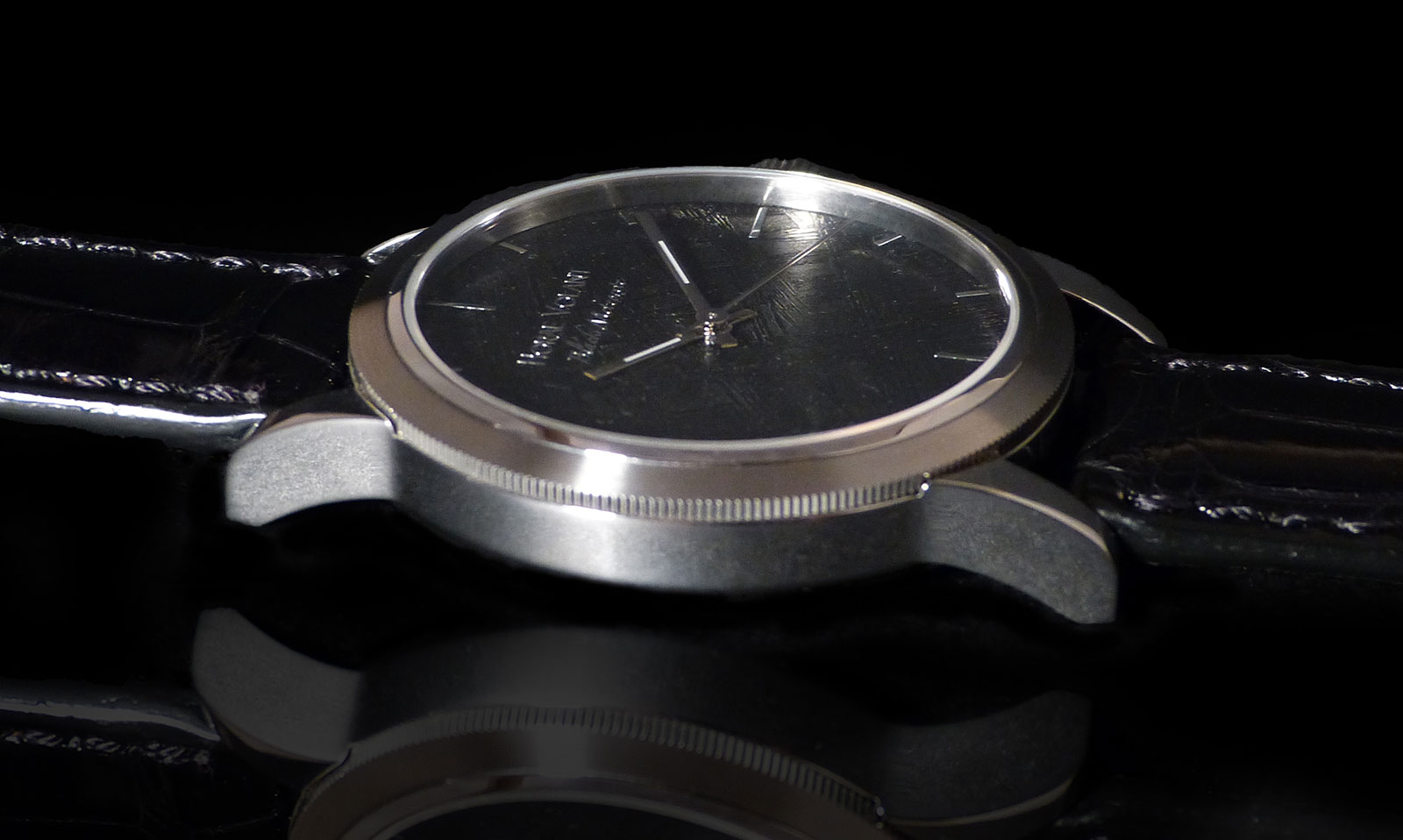 Horae Volant Black Meteorite watch 6