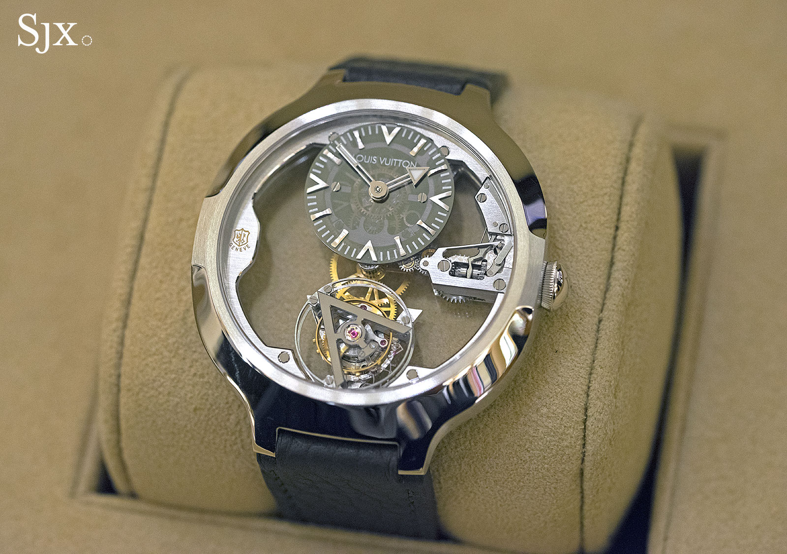 Louis Vuitton Flying Tourbillon Poinçon de Genève 1