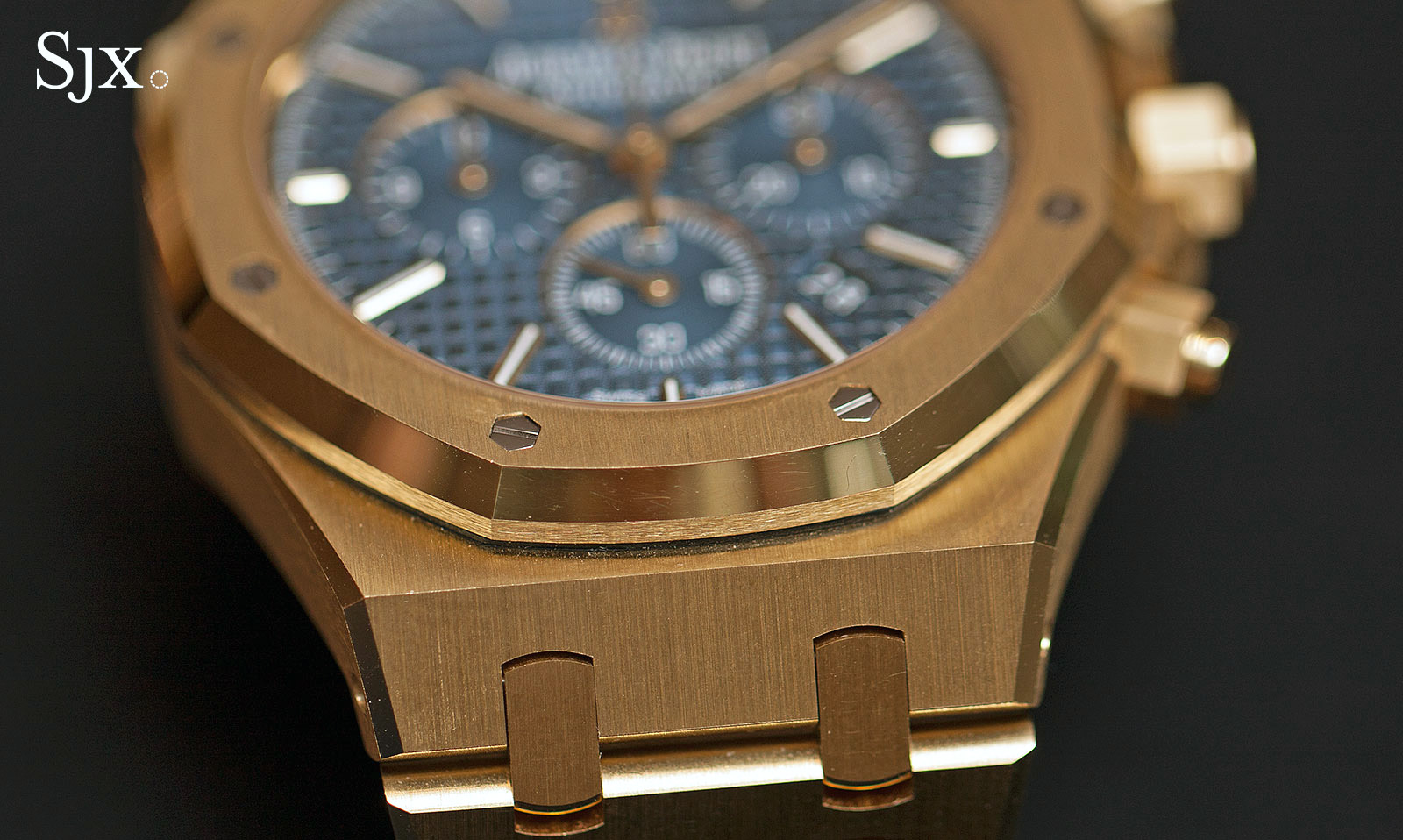 Audemars Piguet Royal Oak Chronograph 41 mm yellow gold 2