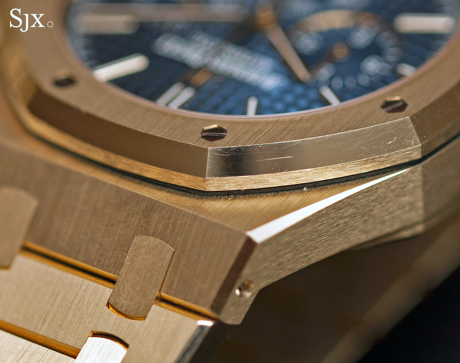 Audemars Piguet Royal Oak Chronograph 41 mm yellow gold 4