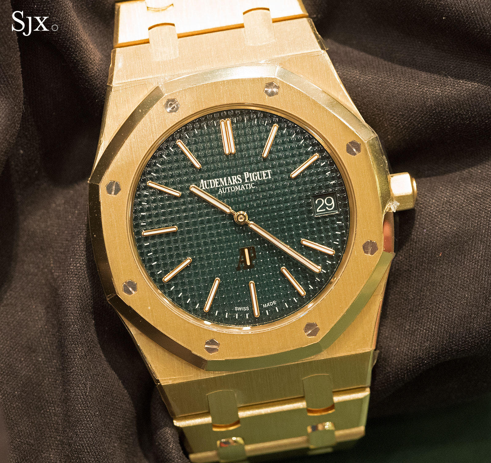 Audemars Piguet Royal Oak Extra-Thin The Hour Glass Yellow Gold 7