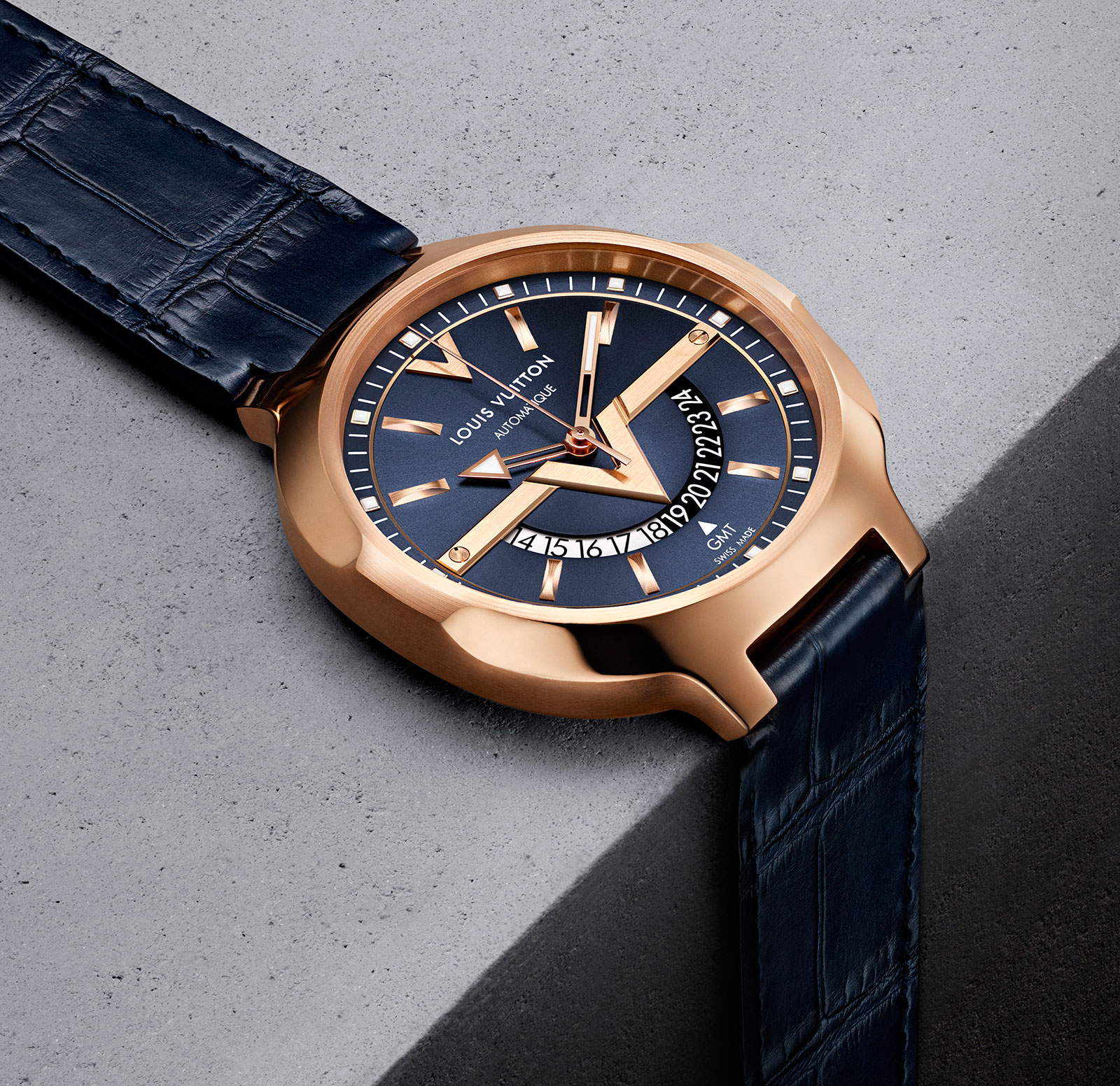 Louis Vuitton Voyager GMT 3