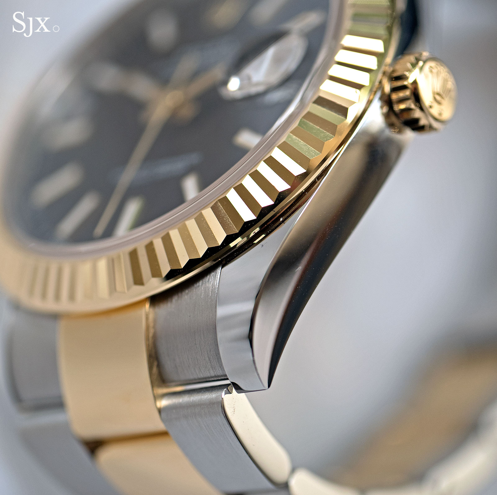 Rolex Datejust 41 Rolesor two-tone 12