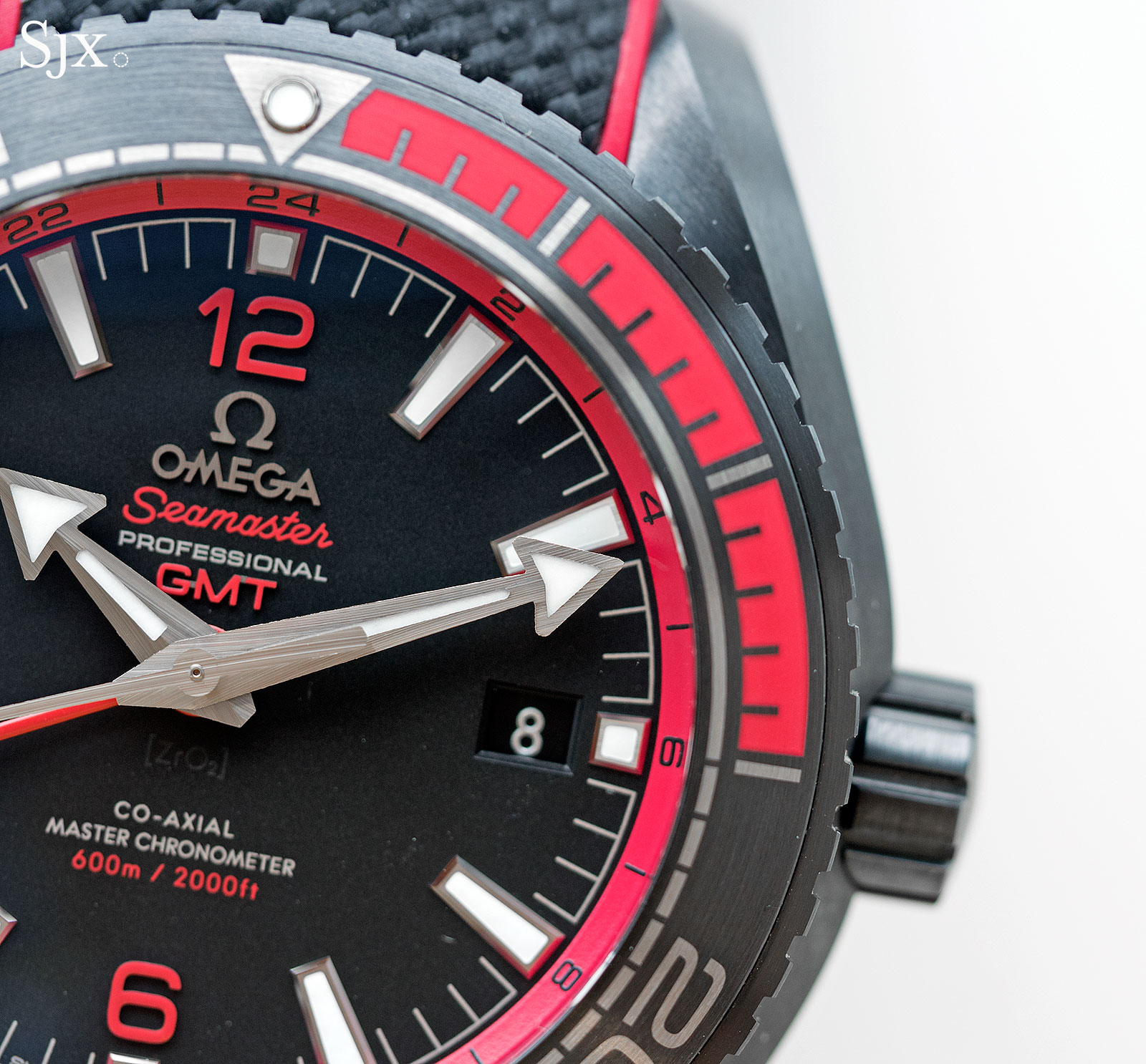 Omega Seamaster Planet Ocean Deep Black Red 2
