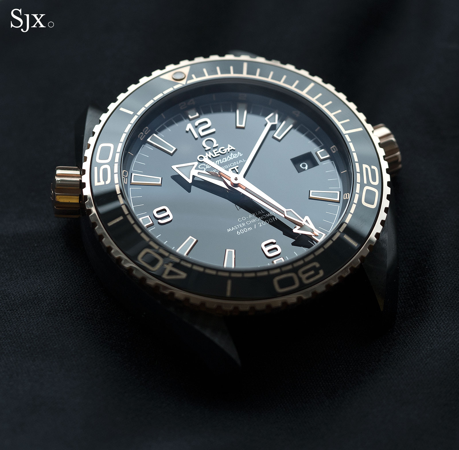 Omega Seamaster Planet Ocean Deep Black Sedna Gold 4