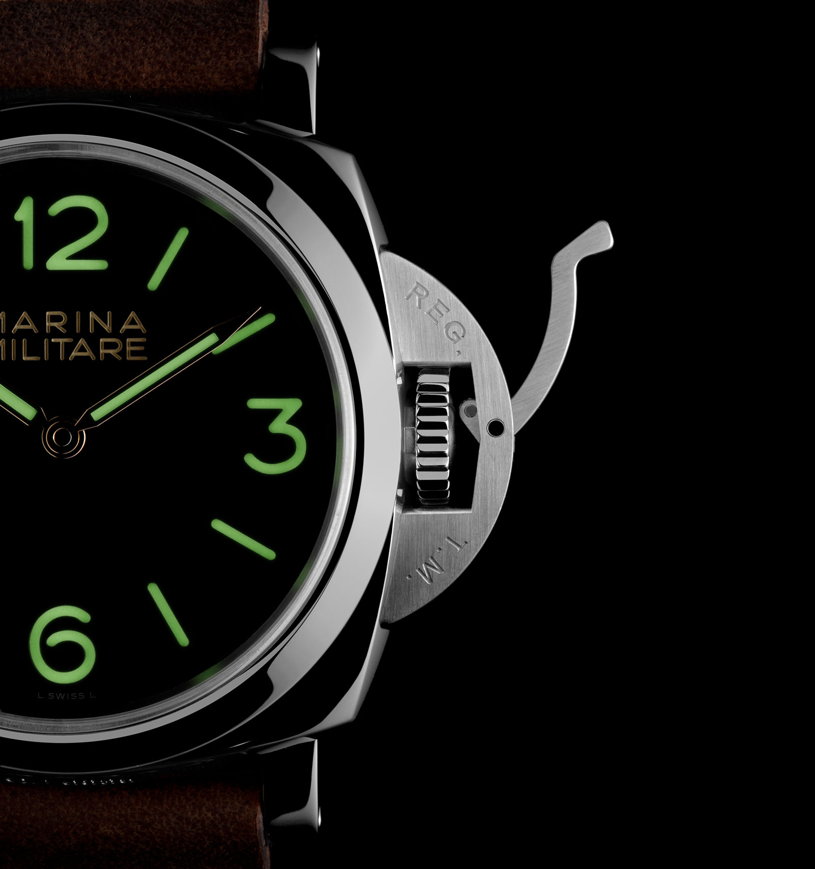 Panerai Luminor 1950 3 Days PAM673 4
