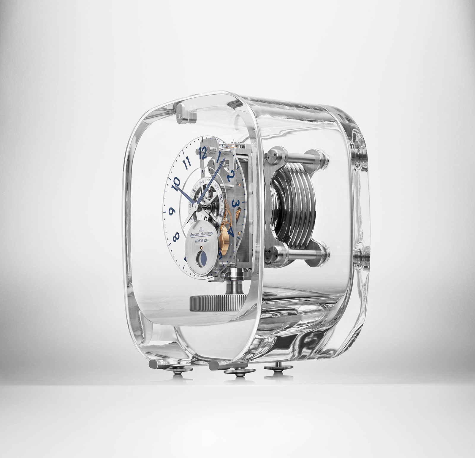 Jaeger-LeCoultre Atmos 568 Marc Newson 5