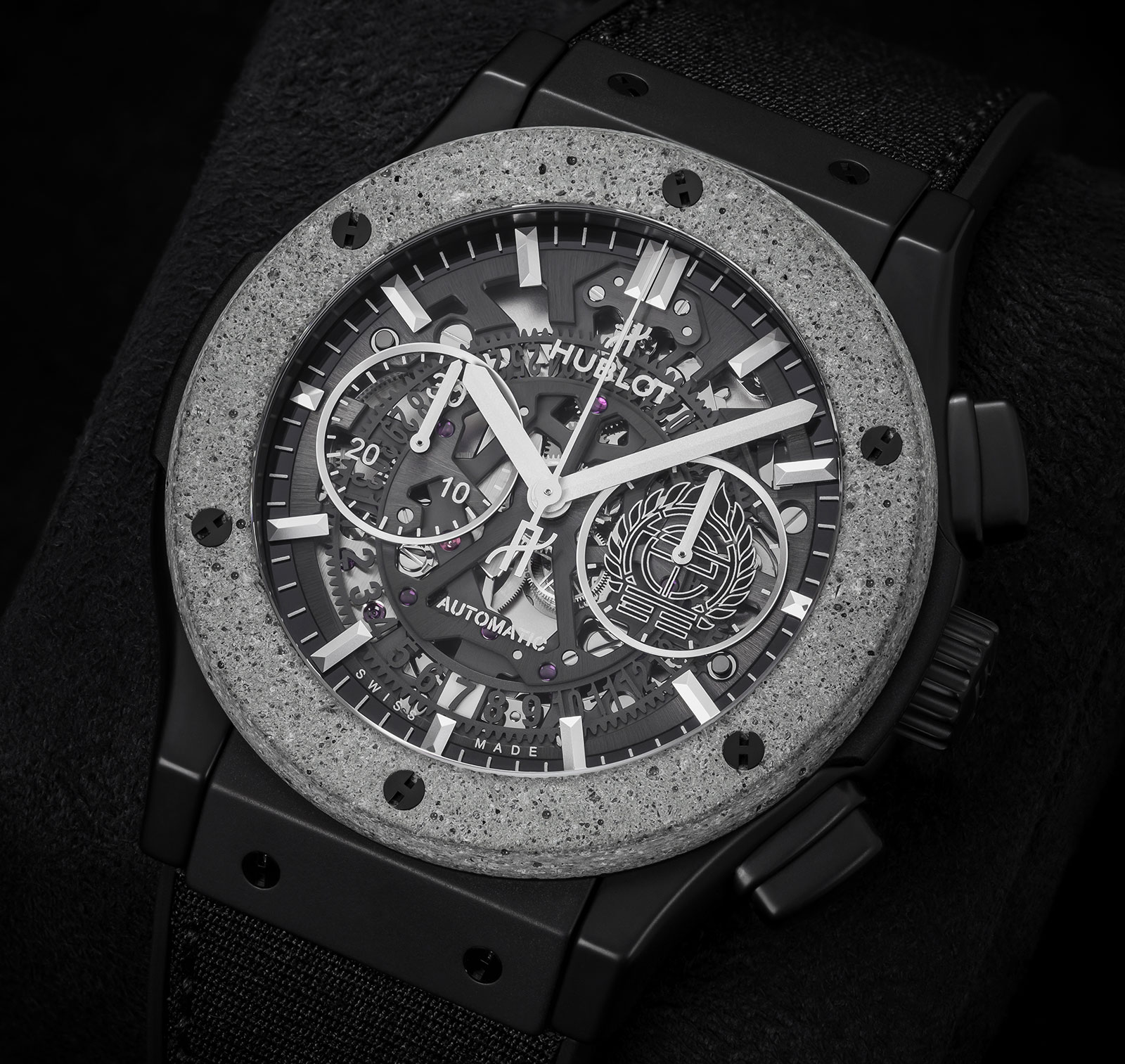Hublot Classic Fusion Aerofusion Chronograph Concrete Jungle 1