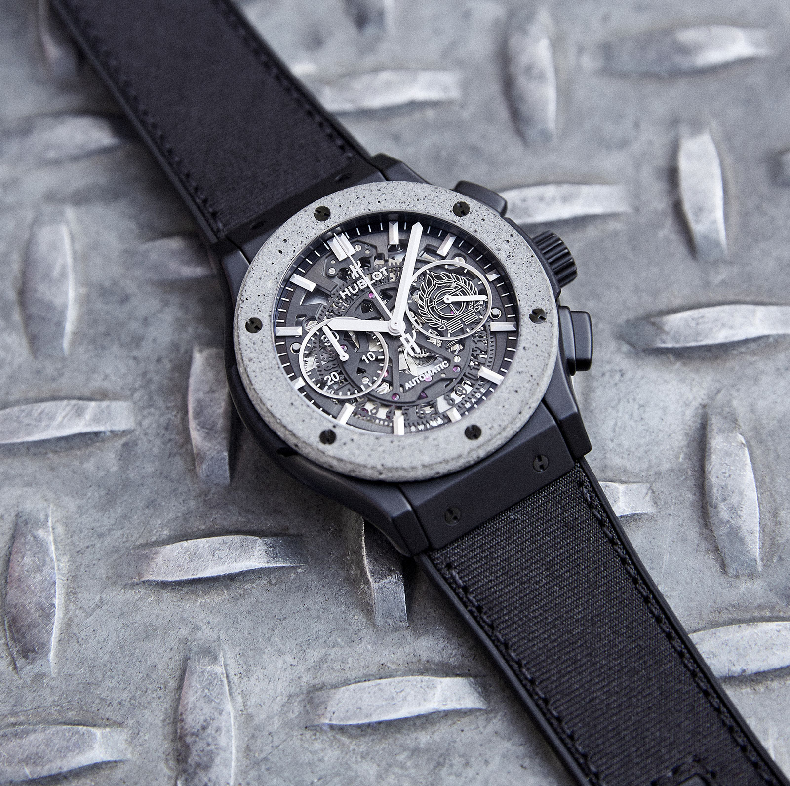 Hublot Classic Fusion Aerofusion Chronograph Concrete Jungle 3