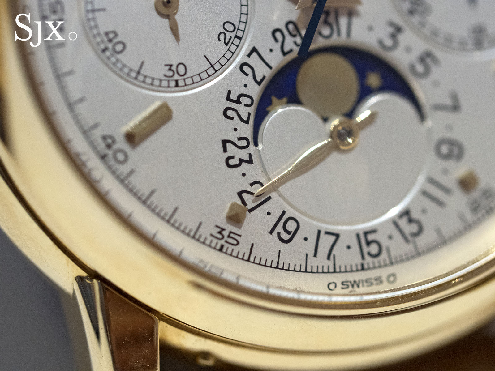 Patek Philippe 2499 yellow gold fourth series 2