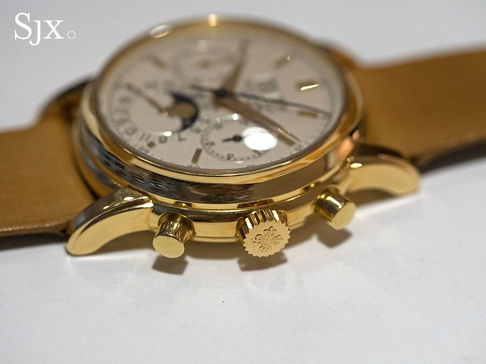 Patek Philippe 2499 yellow gold fourth series 9