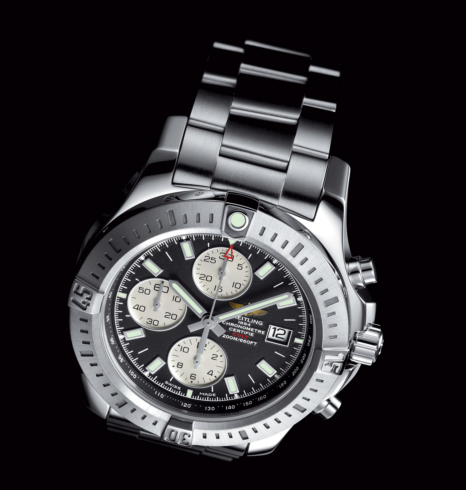 pre basel 2015 breitling presents the colt chronograph automatic the updated version of its. Black Bedroom Furniture Sets. Home Design Ideas