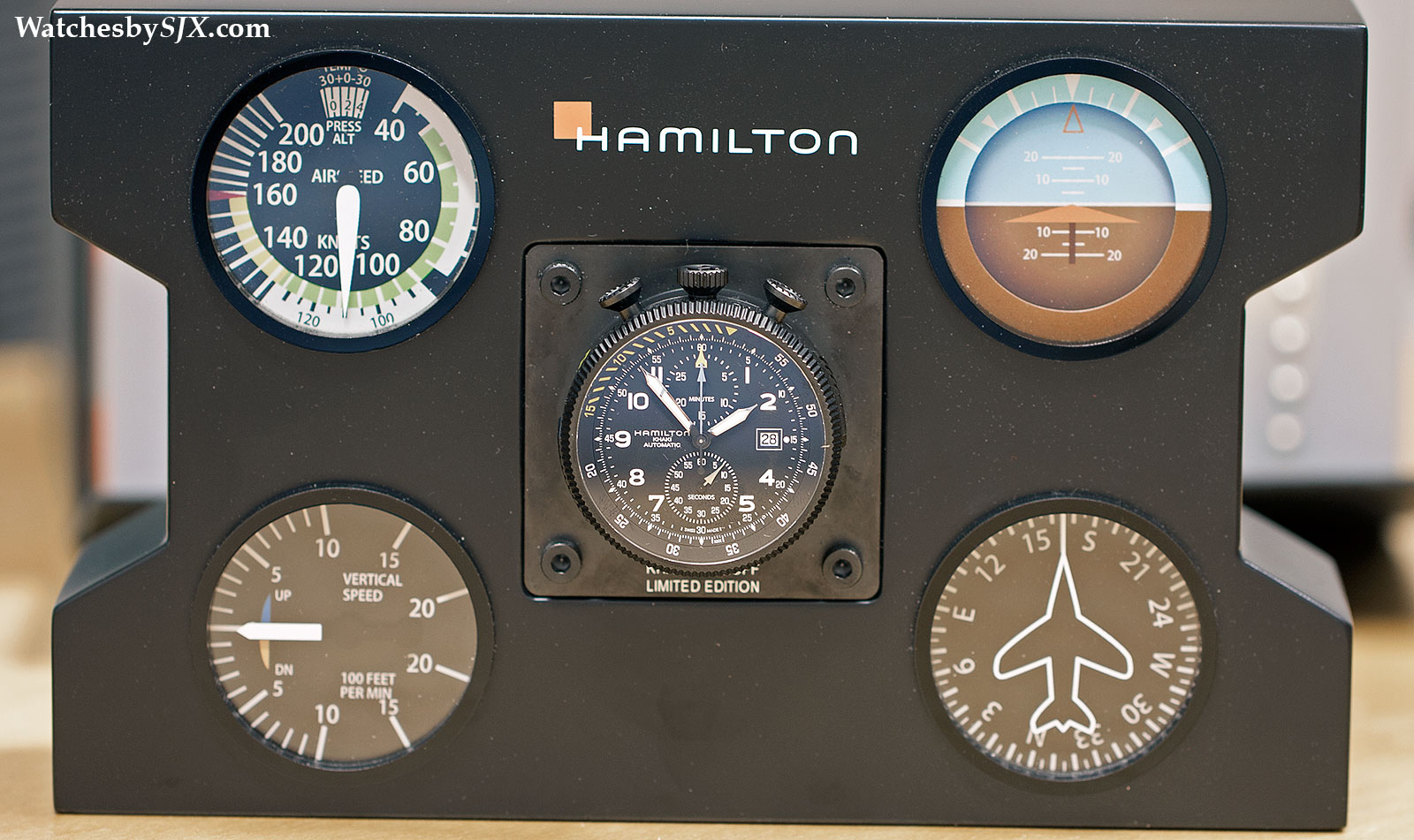 hands on with the hamilton khaki takeoff auto chrono a convertible bullhead pilot s watch with. Black Bedroom Furniture Sets. Home Design Ideas