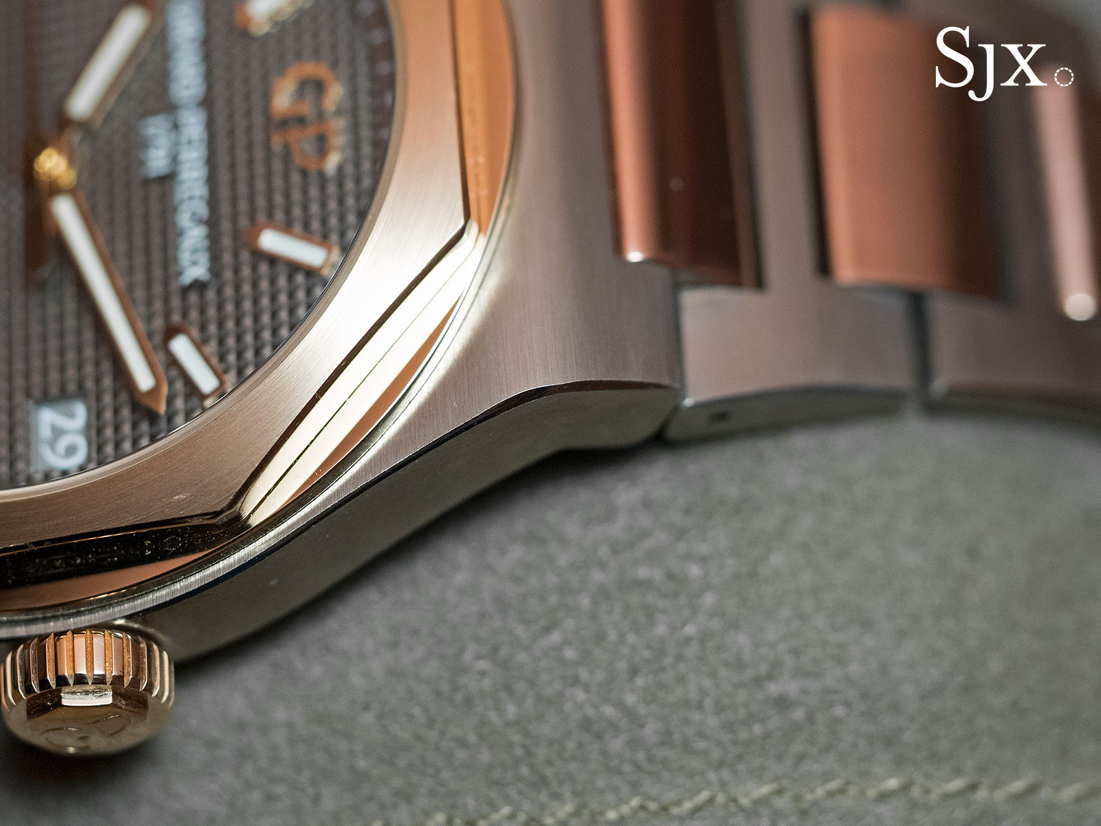 Girard-Perregaux Laureato 42mm 7