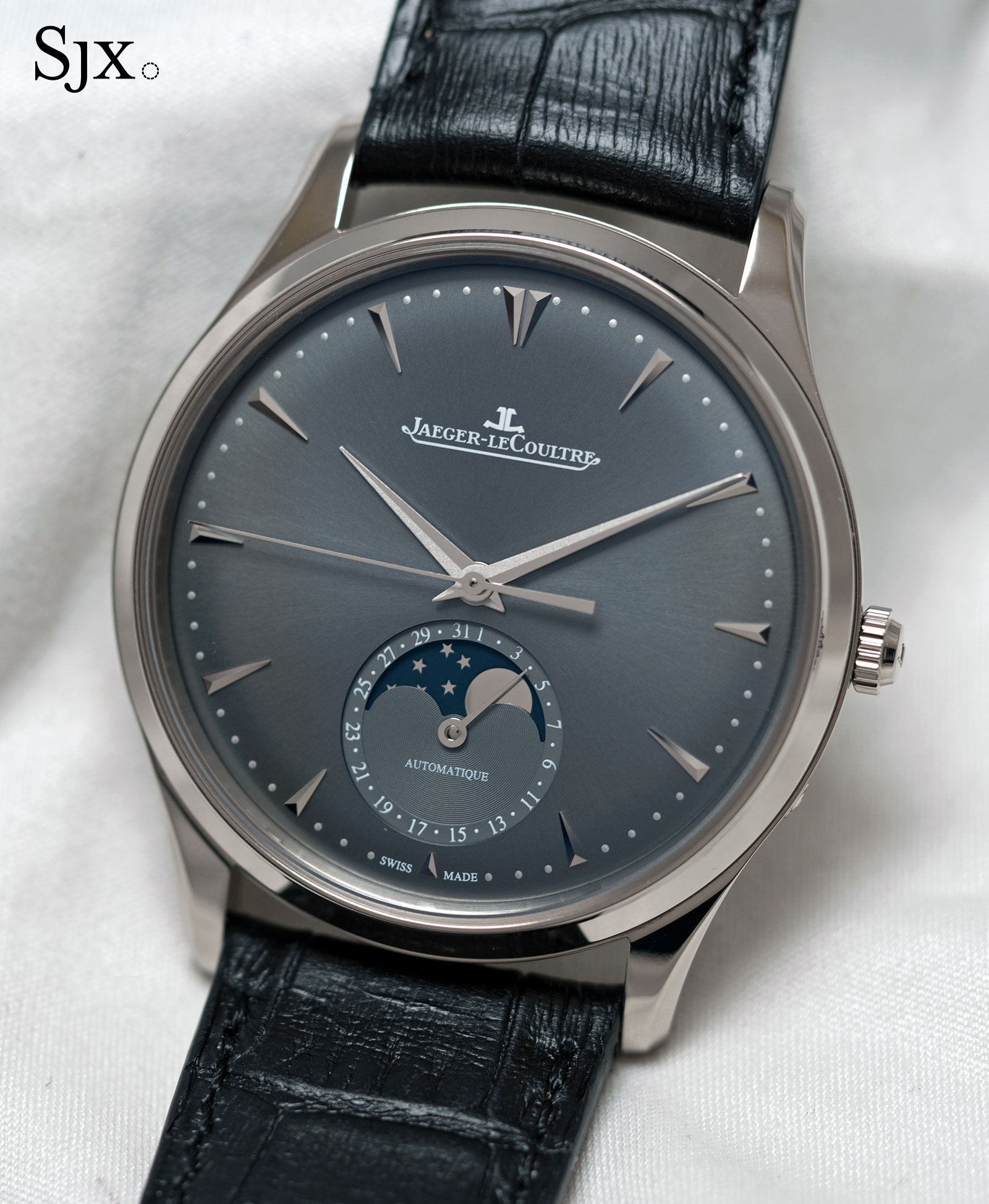 Jaeger-LeCoultre Master Ultra Thin Moon white gold grey 1