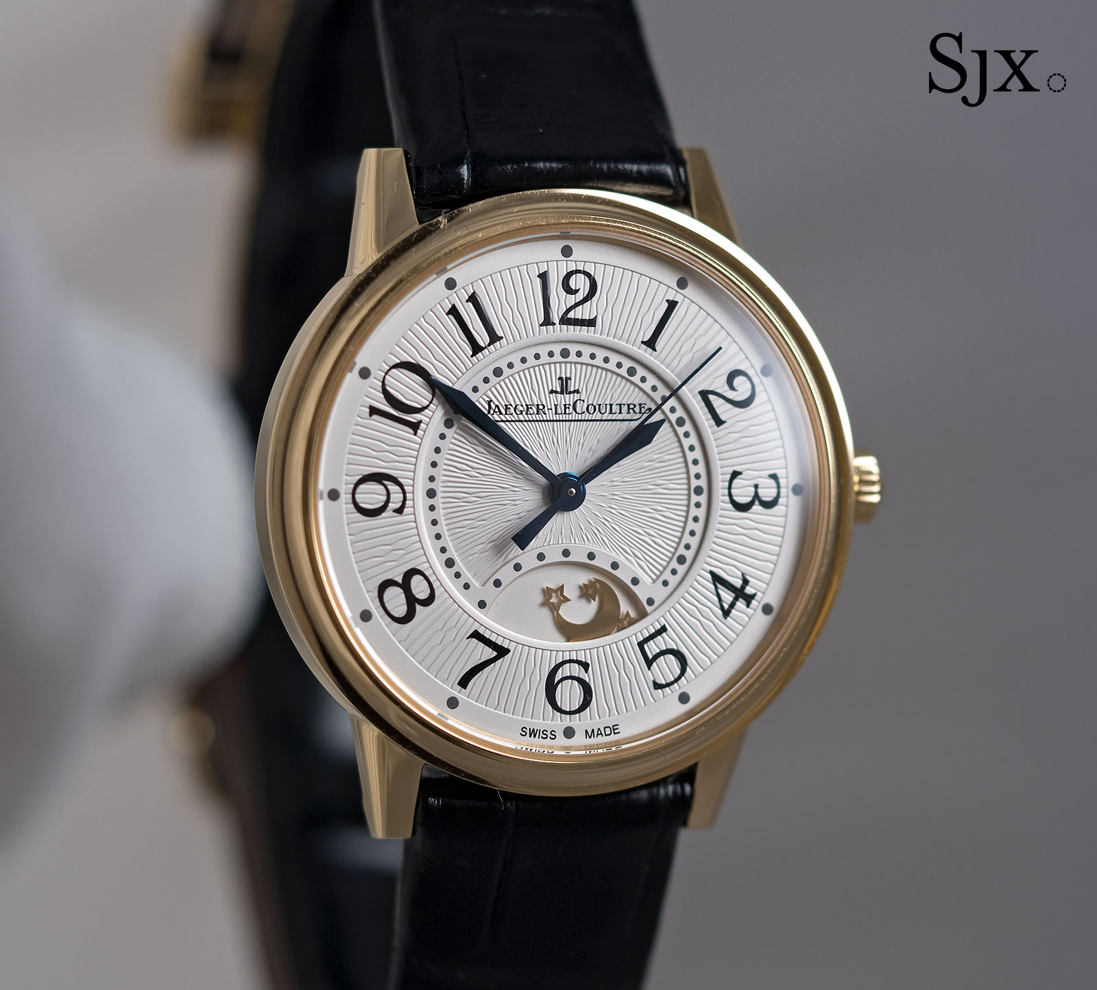 Jaeger-LeCoultre Rendez Vous Night & Day Medium yellow gold