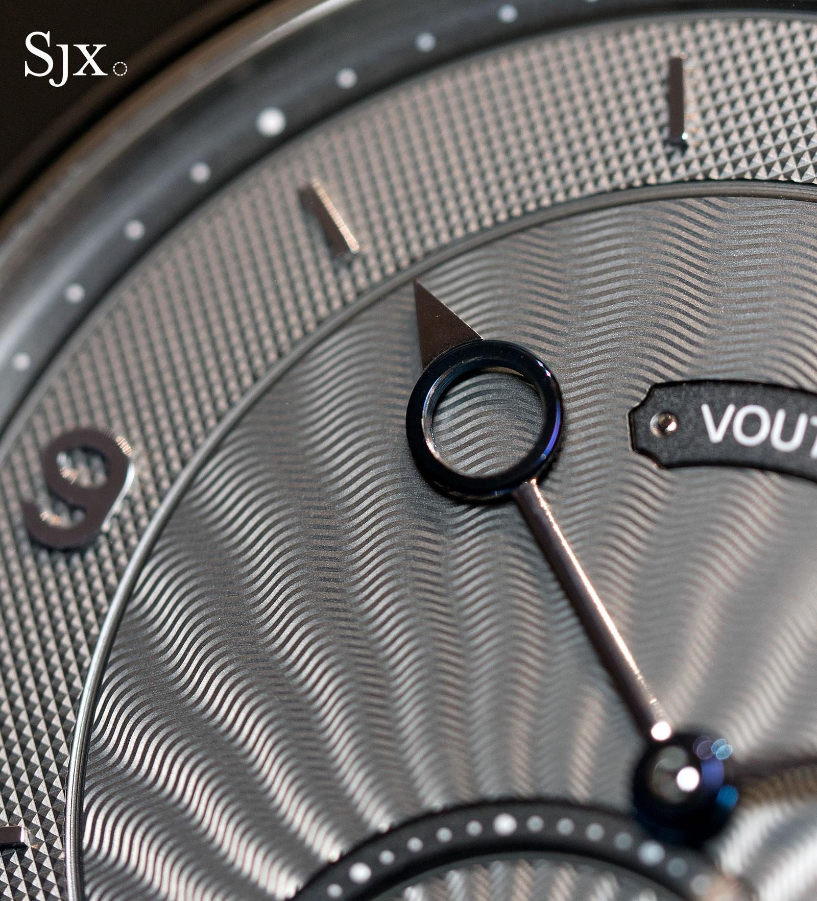 Voutilainen Vingt-8 44mm steel 4