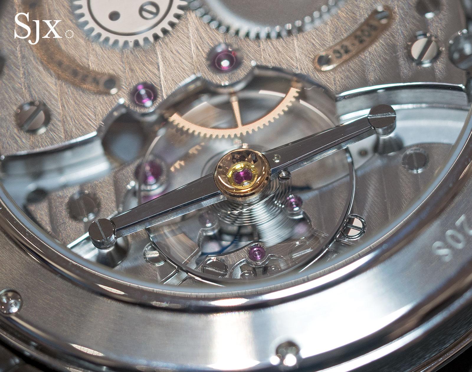 Voutilainen Vingt-8 44mm steel 9
