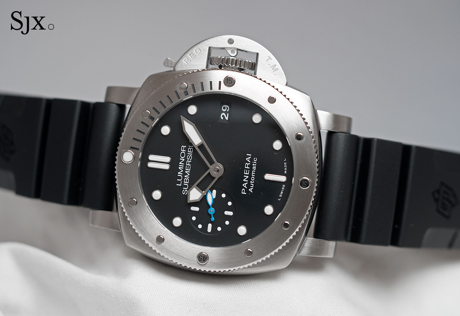 Panerai Luminor Submersible 1950 42mm PAM682