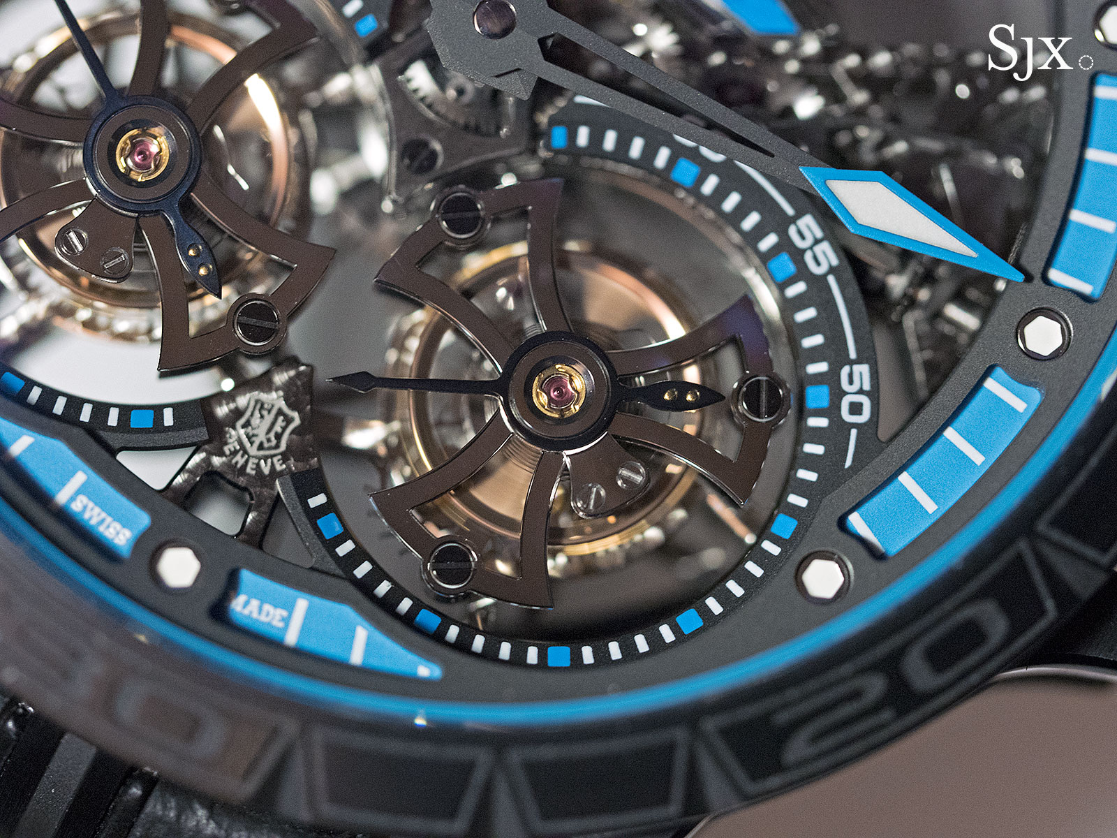 Roger Dubuis Excalibur Spider Pirelli Double Flying Tourbillon 4