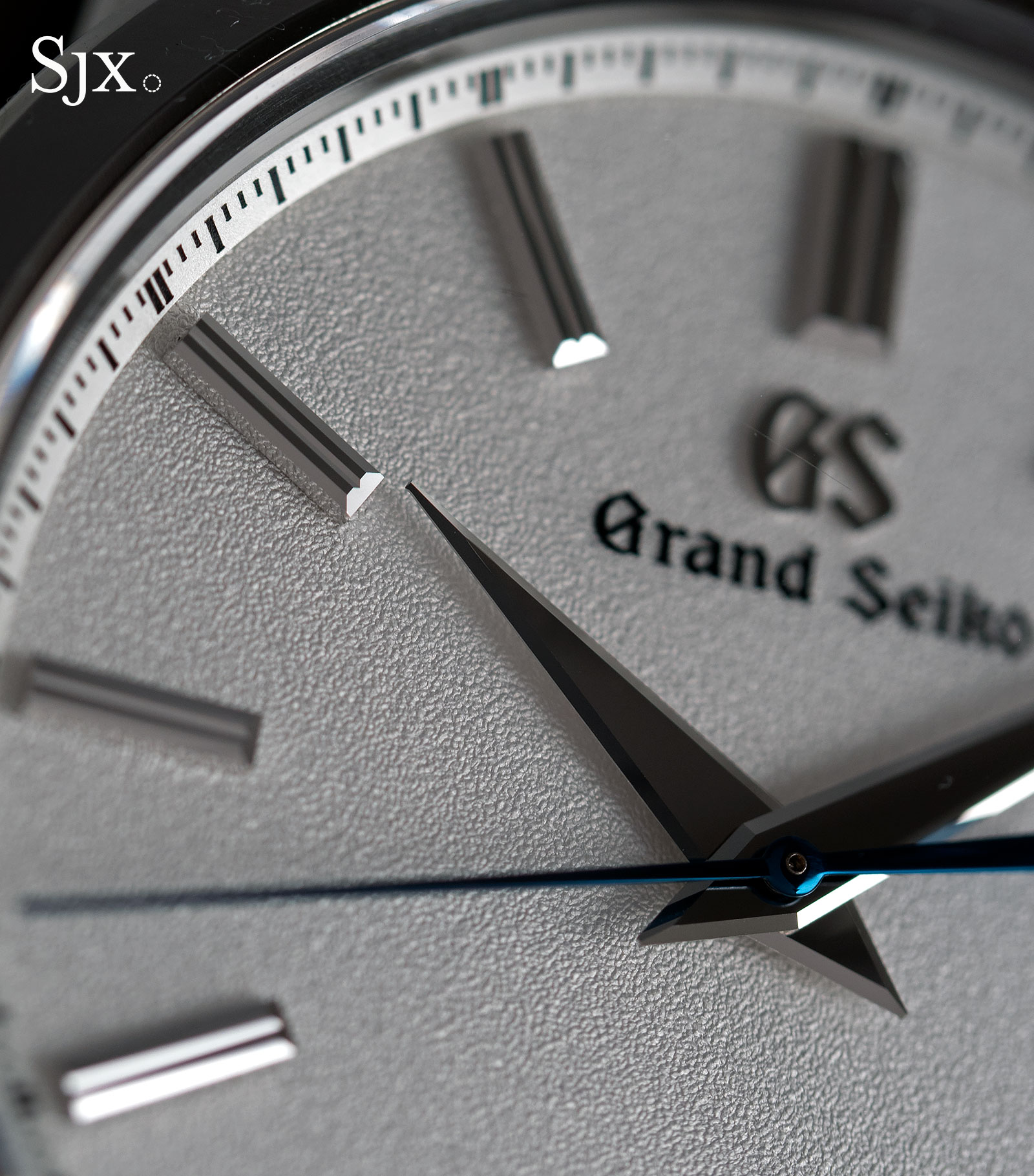 Grand Seiko SBGR305 titanium 5