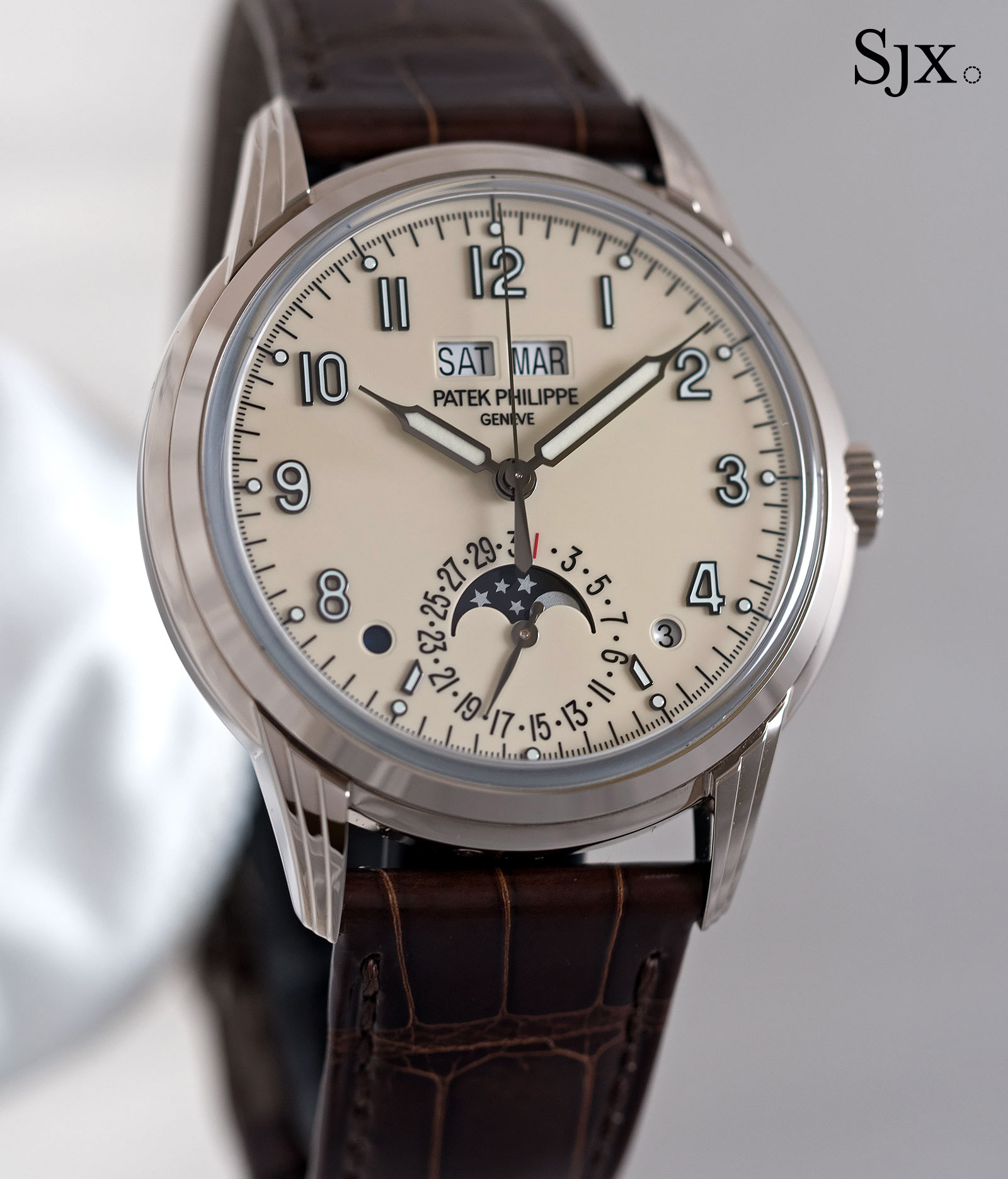 Perpetual Calendar Watch : Hands on with the patek philippe ref g perpetual