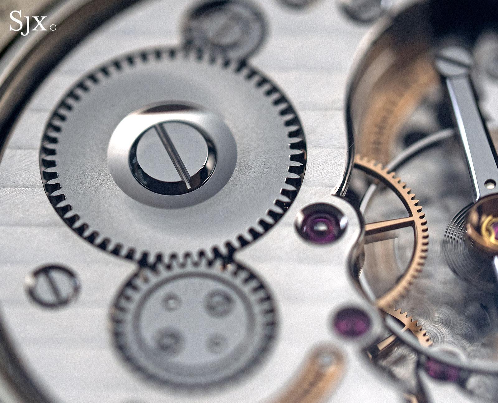 Voutilainen Vingt-8 ISO 44.5mm Pt10
