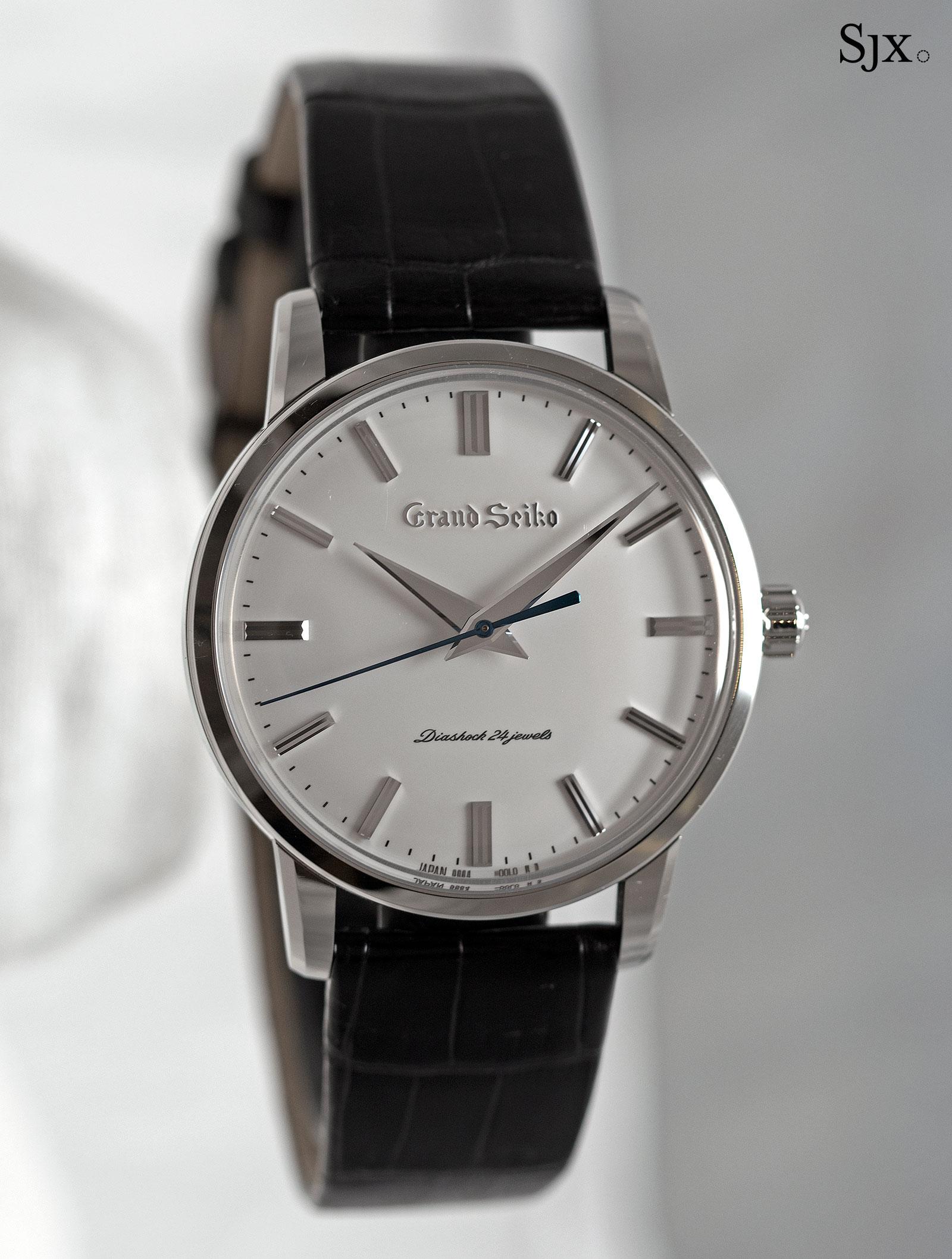 Grand Seiko SBGW253 steel-1