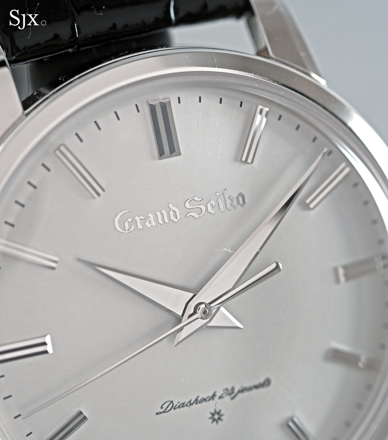 Grand Seiko remake SBGW251 platinum 3