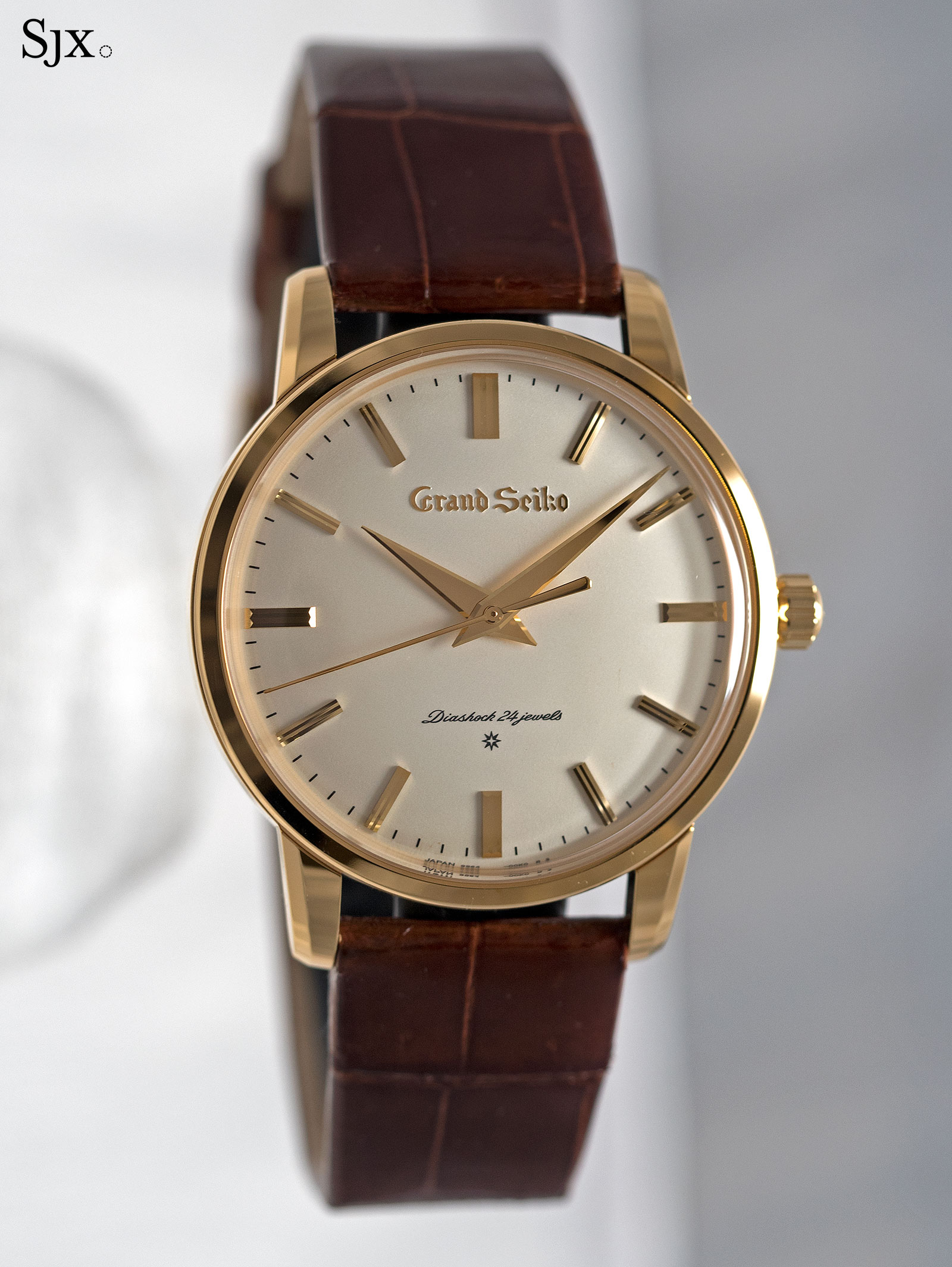 Grand Seiko remake SBGW252 gold 1