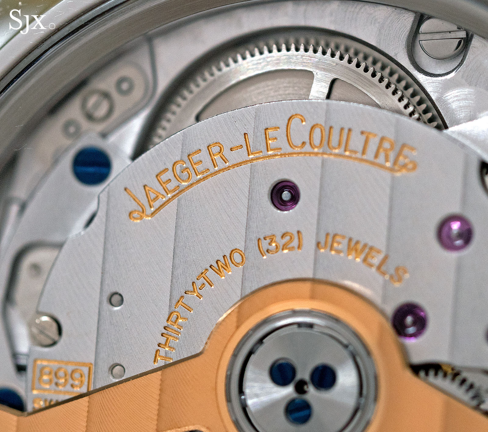 Jaeger-LeCoultre Master Control Geographic sector dial 9