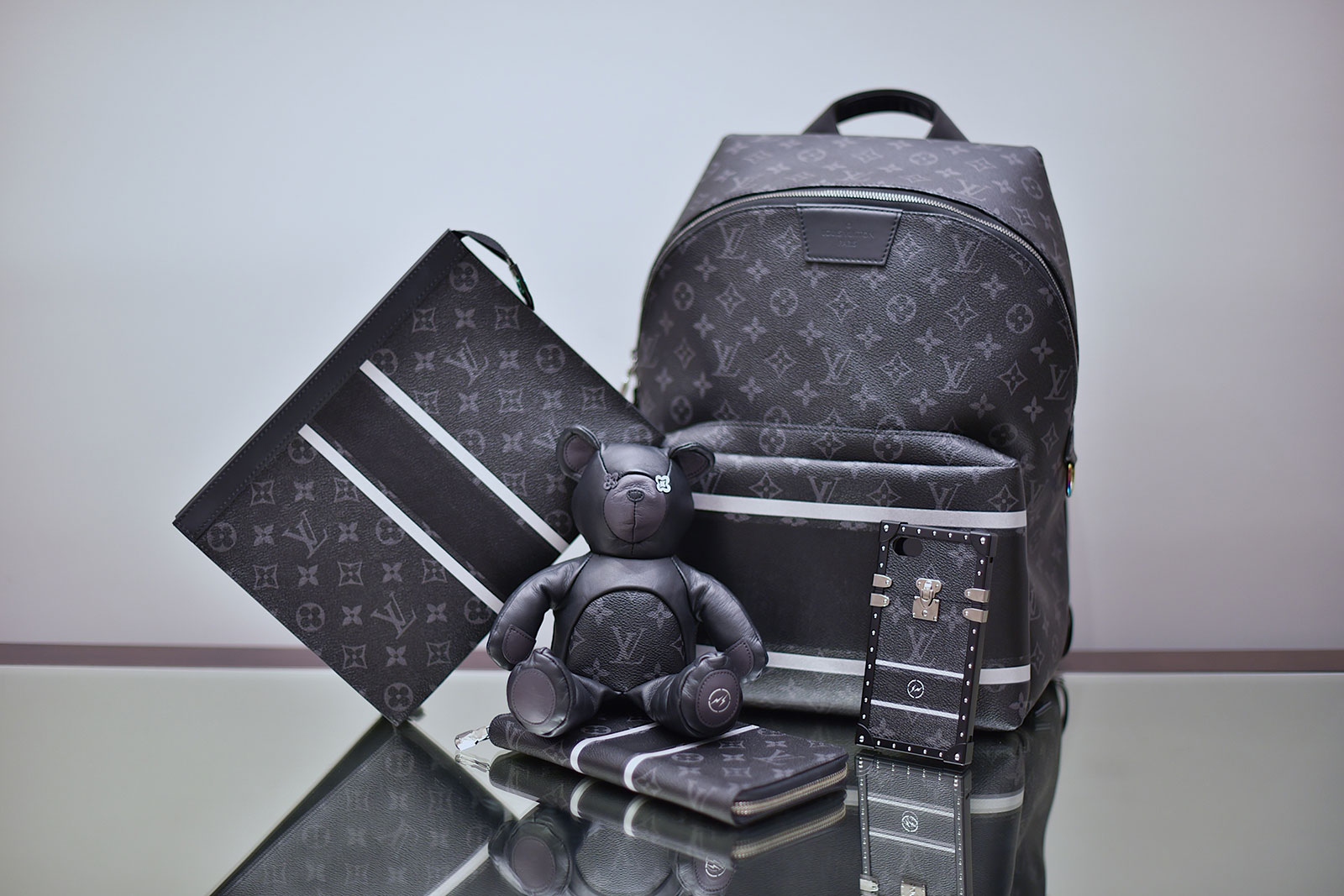 Louis-Vuitton-Fragment-Collection-1