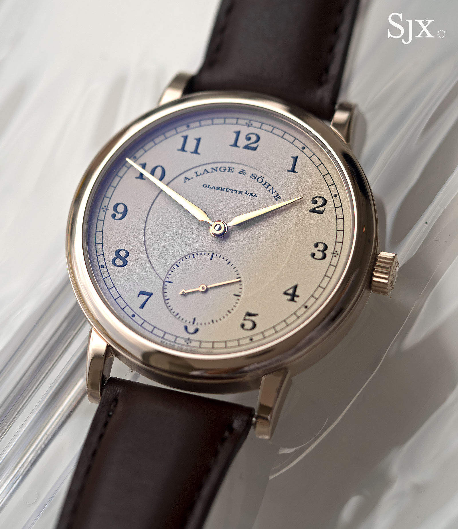 Lange 1815 honey gold 1
